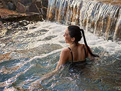 femme_bain_froid_menu_nordik_spa_nature