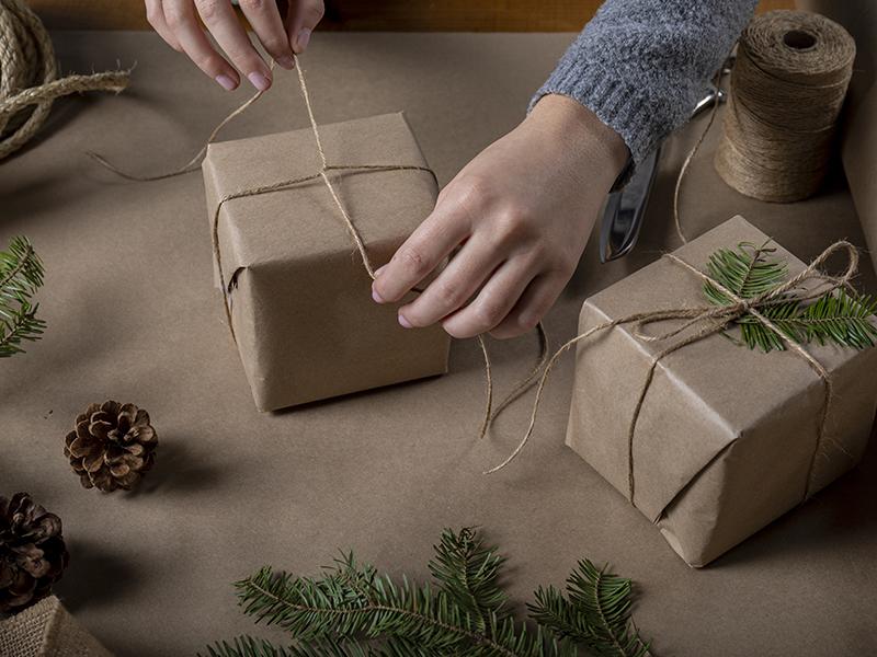 Emballage cadeau fait maison